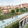 Anche Barcellona riqualifica gli scali ferroviari con un parco sopraelevato
